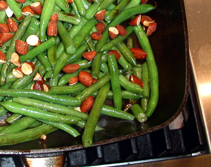 Photo of Stir-fried green beans with smoked almonds copyright 2004 Owen Linderholm